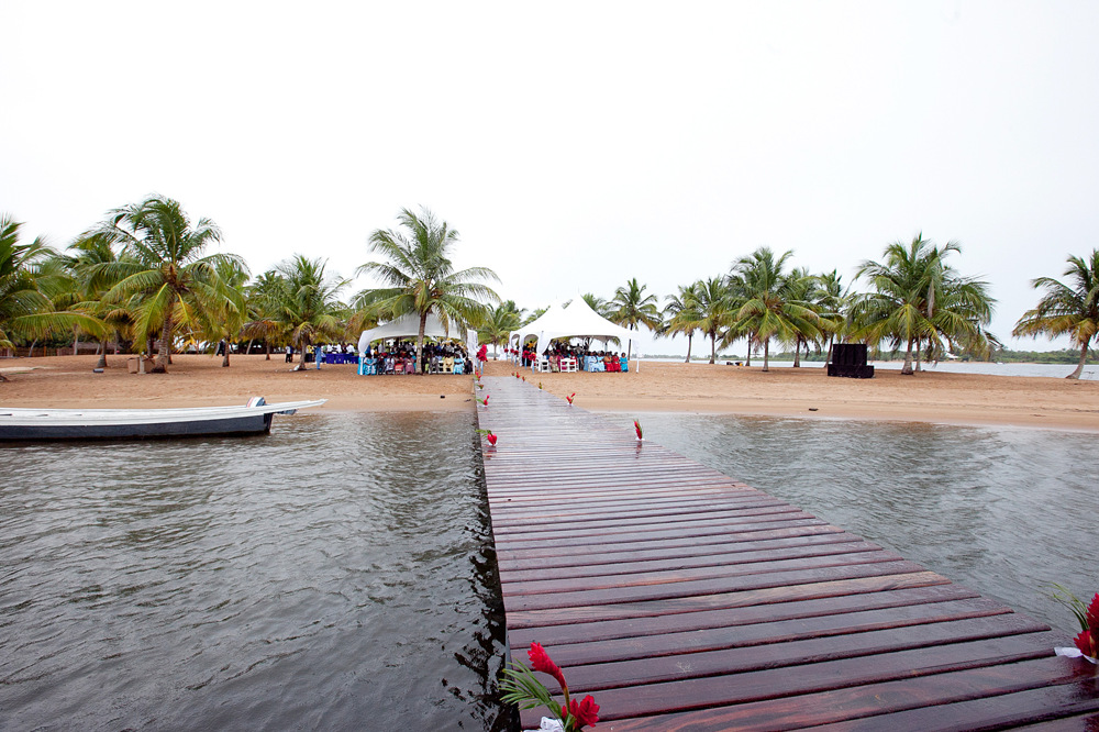 photoblog image Aziza Islands-Ada Foah , Ghana intimate Wedding Island.